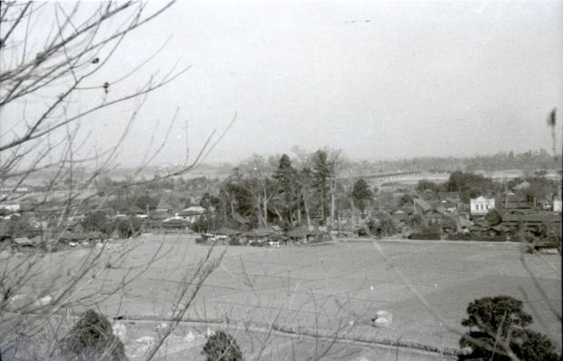 大昌寺山から八坂神社方面を望む 1951