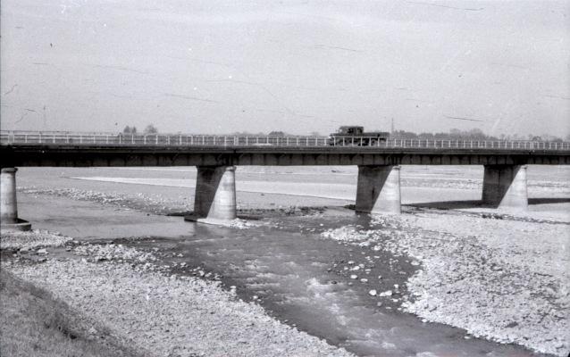 日野橋 1951