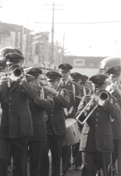 日野市市制祝賀行事 1963 - 進駐軍軍楽隊のパレード(2)