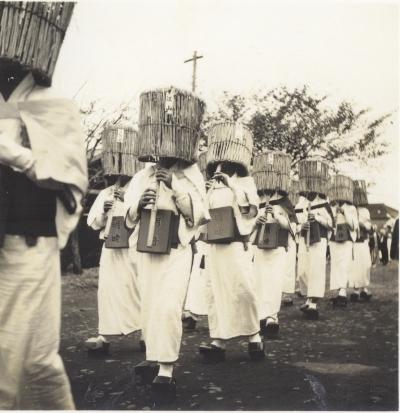 日野ヂーゼル仮装行列 1956(9)虚無僧