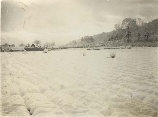 雪の日の大昌寺山下 昭和30年前後