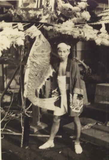 八坂神社の祭り 1951(6) 鯛付きの万灯