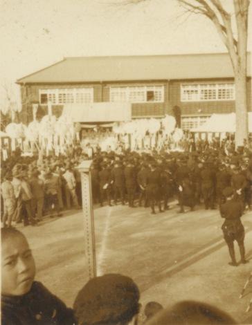 村野宗一郎君町葬 1937