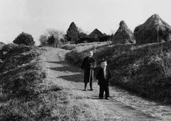 少年2人 - 成就院 1956頃
