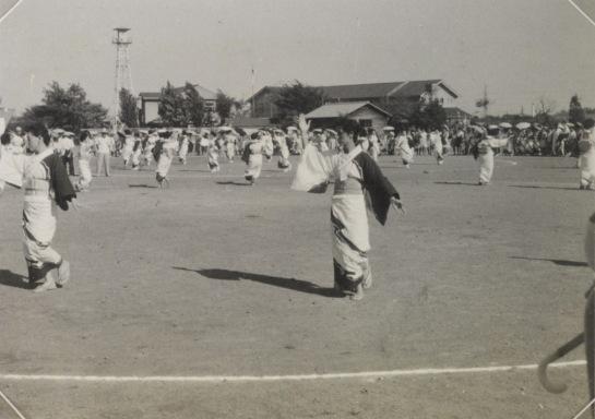 盆踊り 1963 ‐ 一小校庭(2)