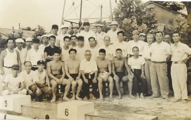 プール完成式典 1954