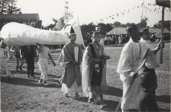 一中運動会 1955(6)仮装行列