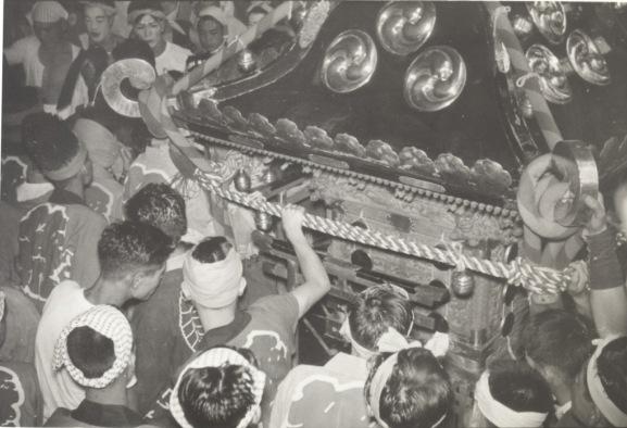 八坂神社の祭り 1954(3)御霊入れ