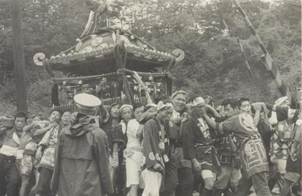 八坂神社の祭り 1955(17)横町坂の踏切