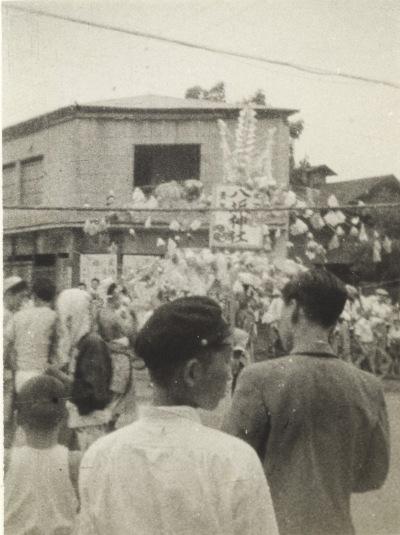 八坂神社の祭り 1956(11)宮崎製材木工所前