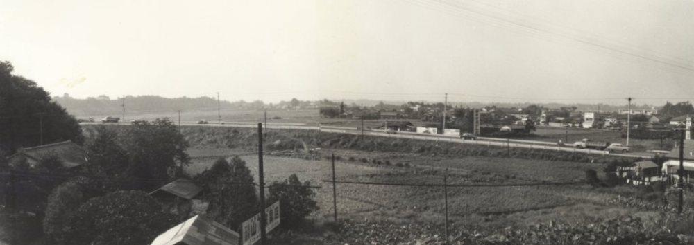 日野駅ホームから日野坂方面 昭和30年代