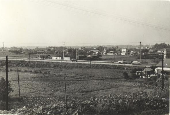 日野駅ホームから日野坂方面(2) 昭和30年代