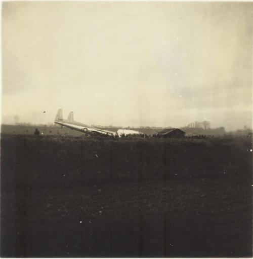 米軍機墜落 1956(2)