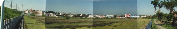 薬王寺東側の鉄道脇から南方面を望む 1988