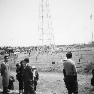 競馬場 ‐ 昭和30年代初頭