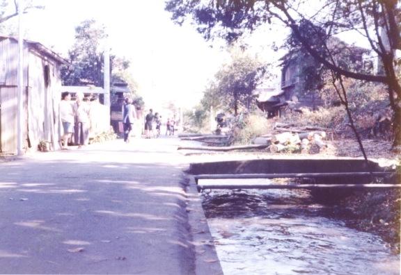日野用水 1980 ‐ 大昌寺北側