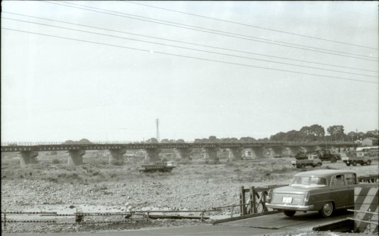 日野橋拡巾工事 1963(5)仮設橋