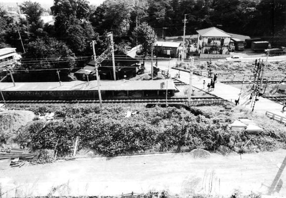 日野駅南踏切 1977