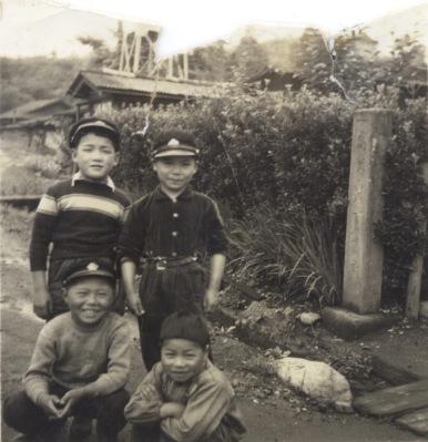 旧日野駅付近 ‐ 子どもたち 昭和30年代中頃