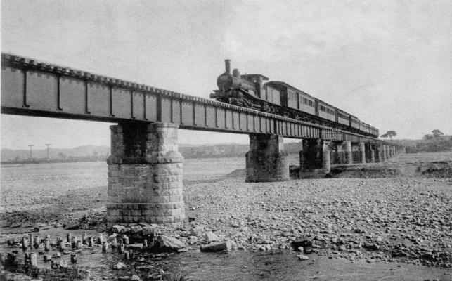 多摩川鉄橋 ‐ 藤屋発行日野名勝絵葉書 ‐ 1919