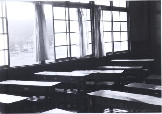 一小本校舎 ‐ 教室