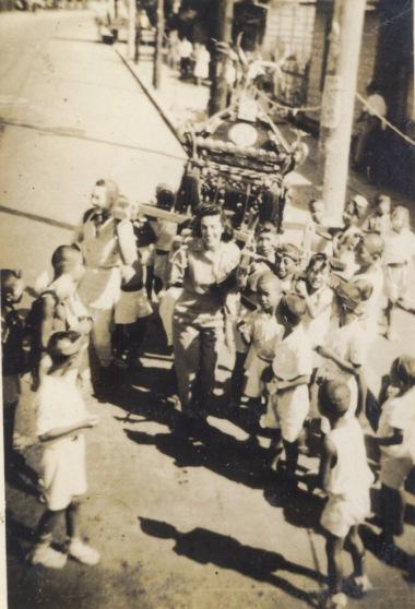 八坂神社の祭り 1946頃 ‐ 仲町子ども神輿