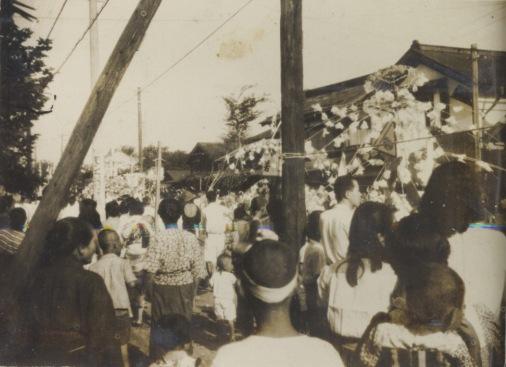 八坂神社の祭り 1947頃 ‐ 扇屋前