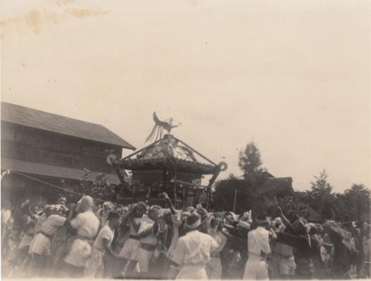 八坂神社の祭り ‐ 宮神輿 ‐ 場所不明