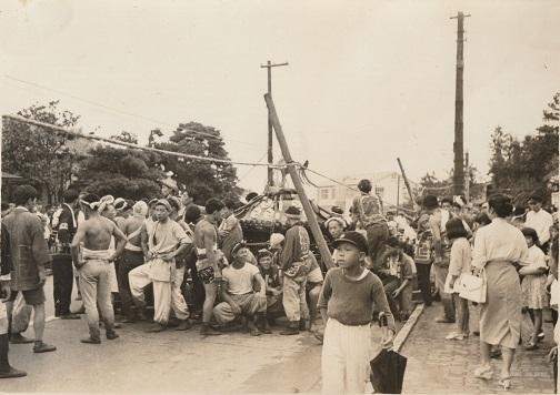 八坂神社の祭り - 宮神輿の渡御 - 下町(2)