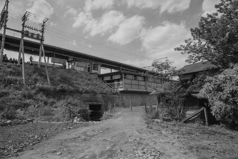 日野駅東側-日野用水 1977