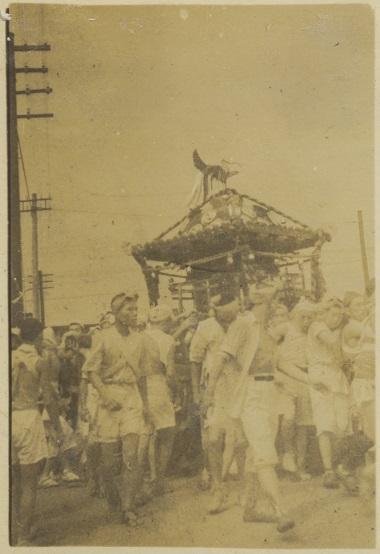 八坂神社の祭り-宮神輿渡御 1930