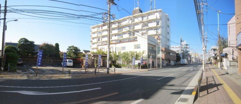 日野宿本陣前から甲州街道の西側方面を望む 2013